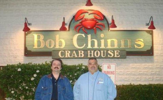 Bob Chinn's Crab House:                   I want to mount this sign in my yard.