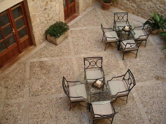 Cas Comte Petit Hotel & Spa:                   We had breakfast in the patio