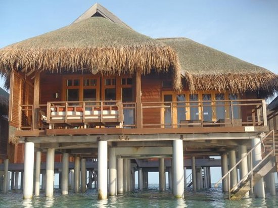 LUX* South Ari Atoll: Our Prestige Water Villa - picture taken from the in water