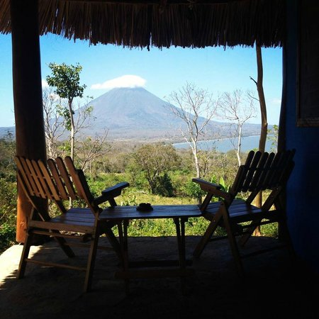 Totoco Eco-Lodge:                   Morning view from our room/porch