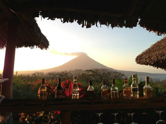 Totoco Eco-Lodge:                   sunset view from the bar/restaurant