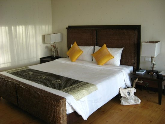 C&N Kho Khao Beach Resort: Bedroom