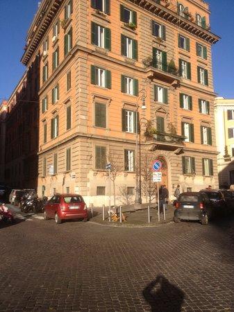 B&B When in Rome: palazzo 1