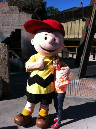 Knott's Berry Farm:                                     CHARLIE BROWN