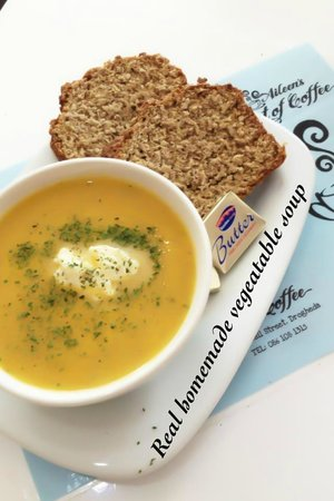 Aileen's Art of Coffee: Yummy Real Homemade Soup & Brown Bread