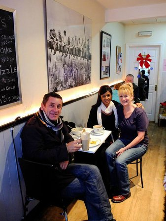 Aileen's Art of Coffee: Enjoyin a chat with my customers