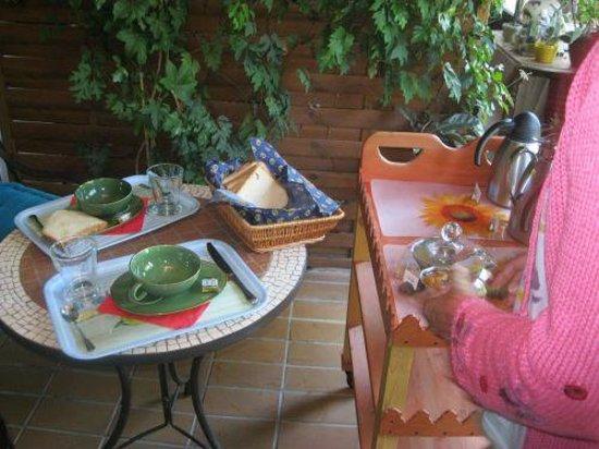 L'Oustaou de Verane:                   La colazione
