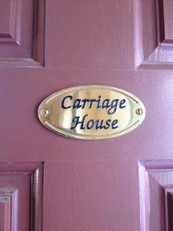 Cliffside Inn:                   Carriage house