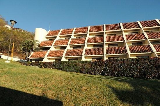 Villas Sol Hotel & Beach Resort : What the hotel unit complex looks like