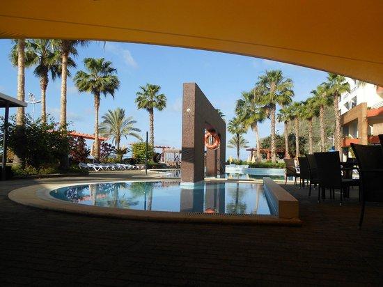 Savoy Calheta Beach:                   piscine exterieure