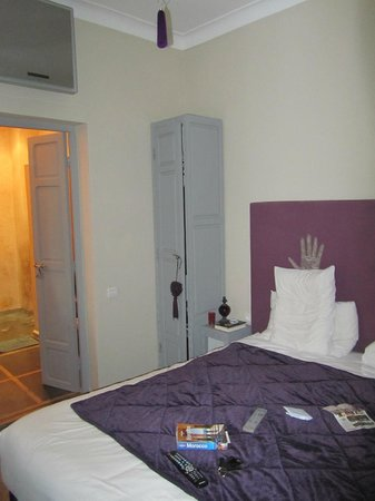 Riad Utopia Suites & Spa:                   slaapkamer claire de musc