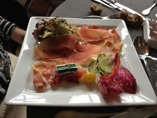 Restaurant Le Normand:                   saumon fumé