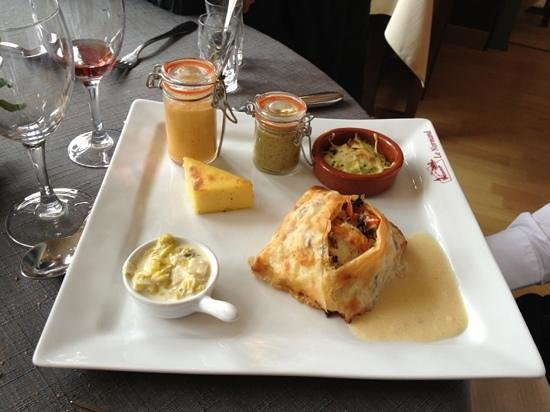 Restaurant Le Normand:                   papillote de poisson