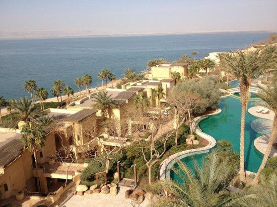 Kempinski Hotel Ishtar Dead Sea:                   Desde la terraza