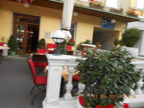 Hotel Zur Lokomotive:                   Terrace