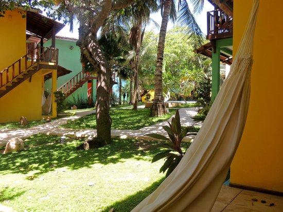 Pousada Surfing Jeri:                   Vista desde la habitación hacia el patio principal