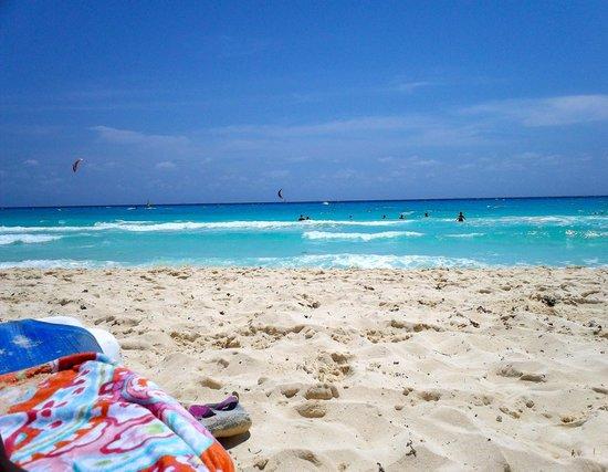 Sandos Playacar Beach Resort:                   Stellar beach