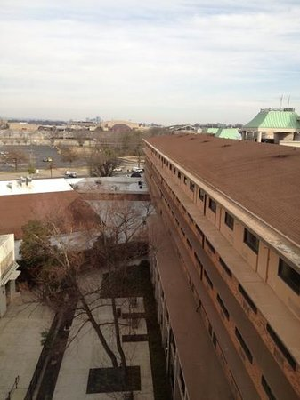 Crowne Plaza Hotel Louisville-Airport KY Expo Center: good view