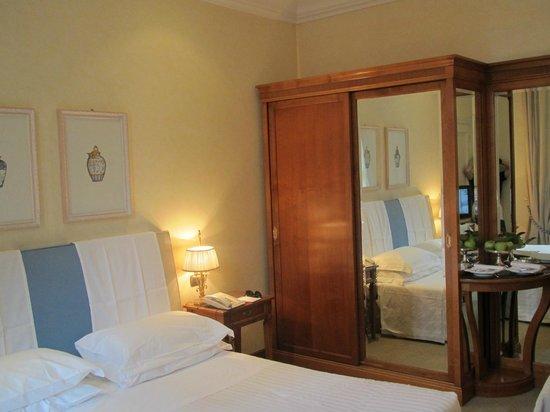Aldrovandi Villa Borghese: Comfortable bedroom