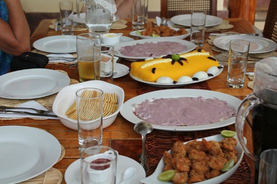 Las Pocitas Beach:                   Un almuerzo delicioso
