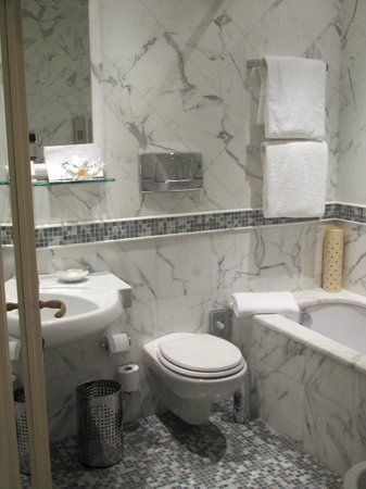 Aldrovandi Villa Borghese: wonderful soaking tub