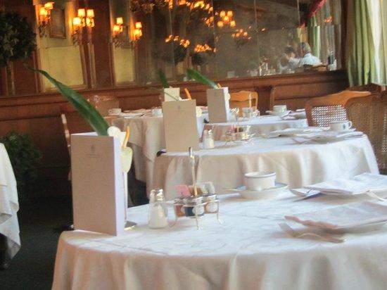 Aldrovandi Villa Borghese: Breakfast Room