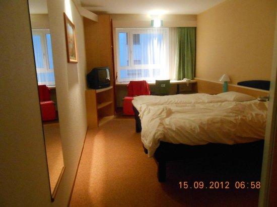 Ibis Bregenz:                   Room