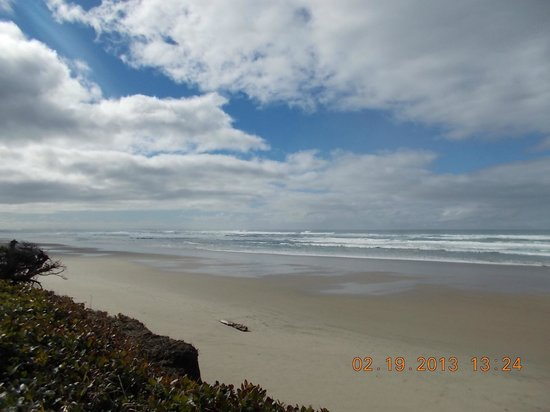 Tillicum Beach Park:                   Oregon's best kept secret beach.
