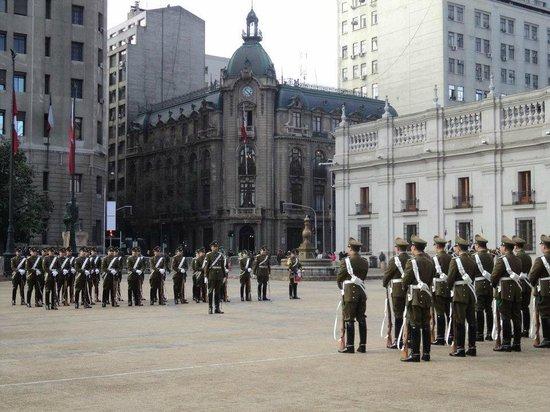 RQ Santiago:                   passeio que podem ser feitos a pé a pontos turísticos