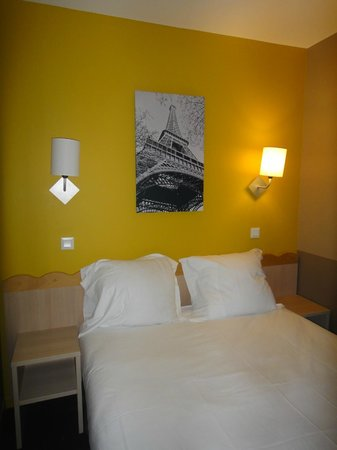 Adagio Aparthotel Val d'Europe: chambre avec grand lit