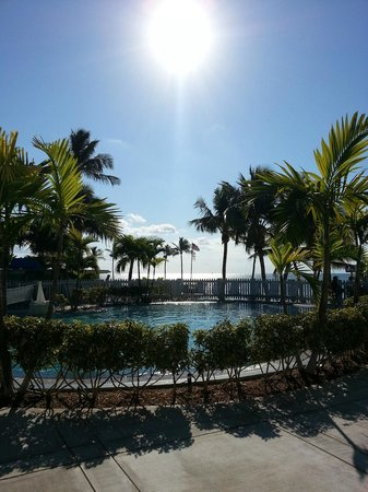 La Siesta Resort & Marina:                   Breakfast view by the pool.