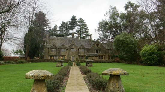 Charingworth Manor: The back of the manor pre snowfall