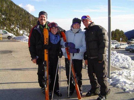 Hotel La Coma:                                                       Cold skiers