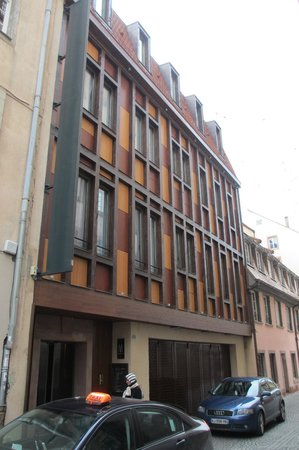 Hotel Cour du Corbeau Strasbourg - MGallery Collection: And...the modern front