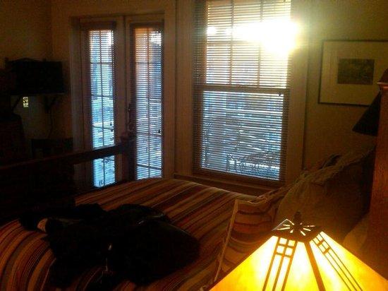 Southmoreland on the Plaza:                   Thomas Hart Benton Room, with porch