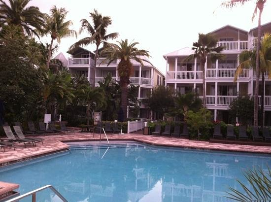 "Hyatt Residence Club Key West, Sunset Harbor:                   beautiful pool, but no amenities and very dated ""caves"""