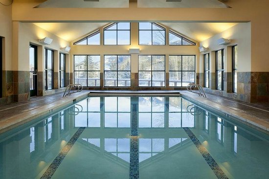 Teton Mountain Lodge & Spa - A Noble House Resort: Indoor Pool