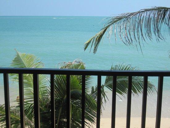 Buri Rasa Koh Phangan:                   Vue du balcon - chambre premium