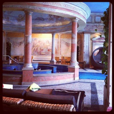 "Hotel ""Colosseo"" Europa-Park:                                     Bain romain"