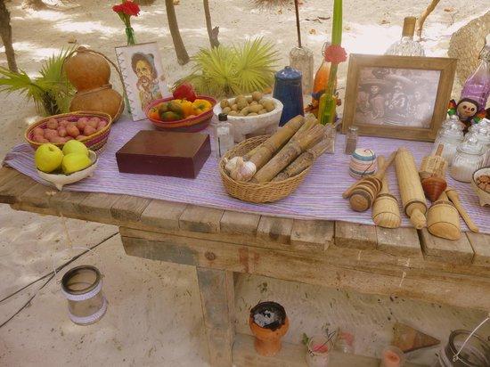 Playa Esperanza :                   Their buffet table was setup so pretty!