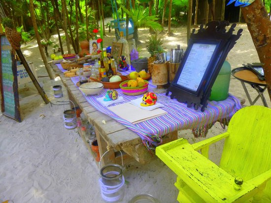 Playa Esperanza:                   Seriously beautiful restaurant!  And oober romantic at night!