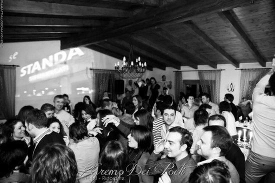 Eremo Dei Poeti Ristorante: 80'S MUSIC PARTY