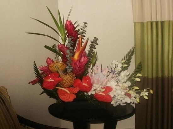 The Royal Hawaiian, a Luxury Collection Resort:                   Floral arrangement in room