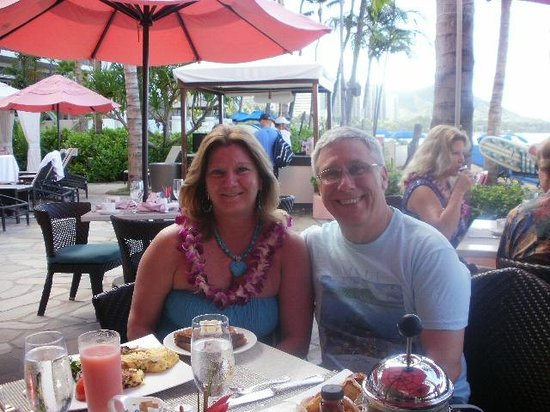 The Royal Hawaiian, a Luxury Collection Resort:                   Breakfast on the beach