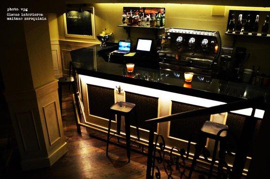 Parisii Bistrot: the bar