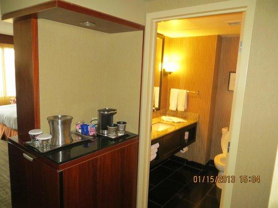 Hilton Toronto:                   room