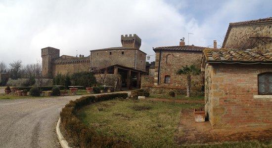 Agriturismi Il Castello La Grancia:                   Il Castello
