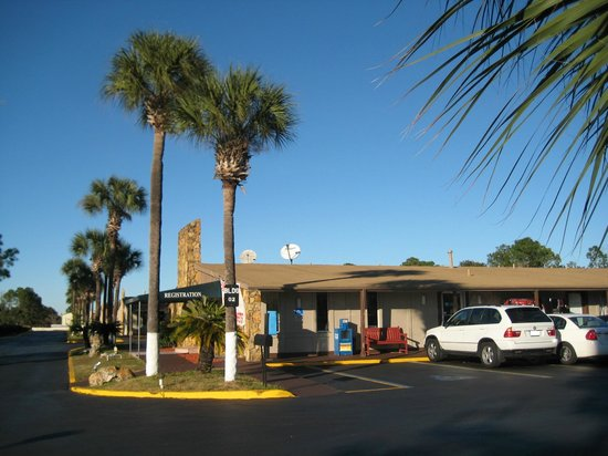 Knights Inn Maingate Kissimmee/Orlando : Knights Inn Registration