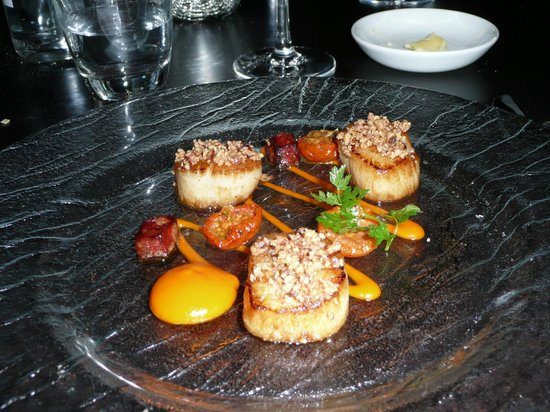 Bowood Hotel, Spa and Golf Resort:                   Scallolps