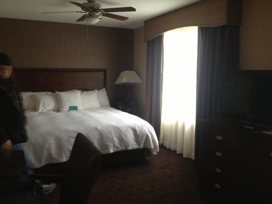 Homewood Suites by Hilton Atlantic City/Egg Harbor Township:                   comfy king bed